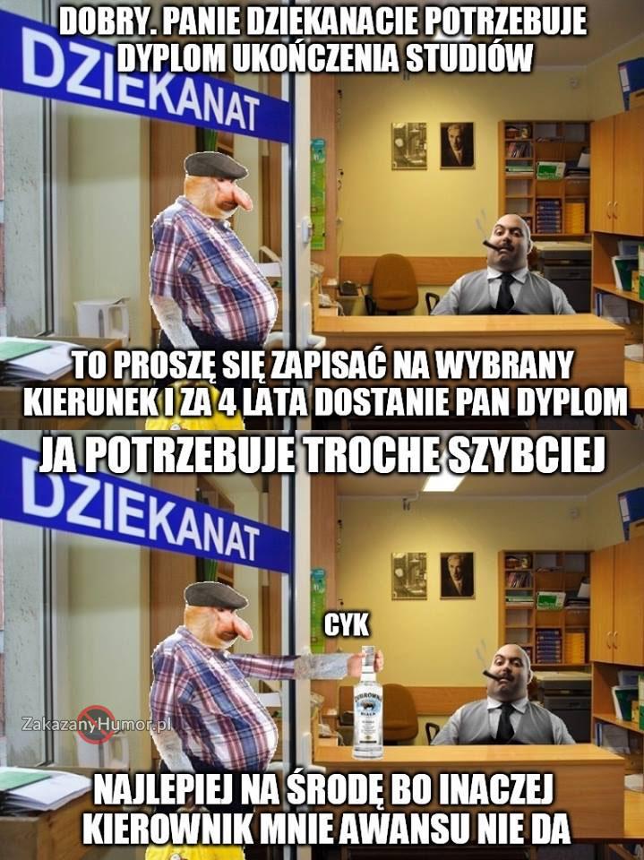 Janusz-załatwia-sobie-dyplom-ukończenia-studiów